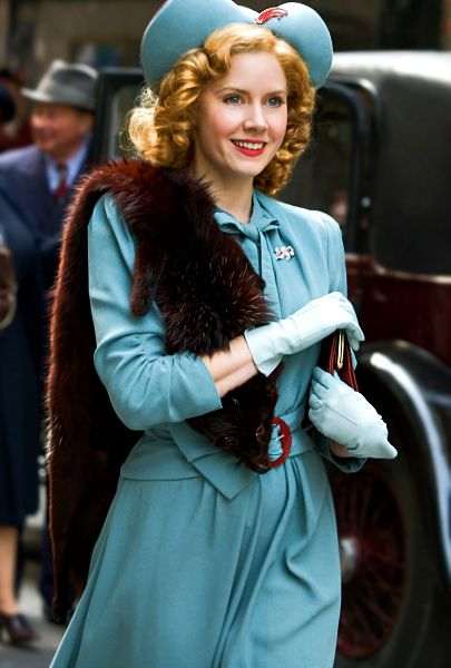 Amy adams from miss pettygrew lives for a day