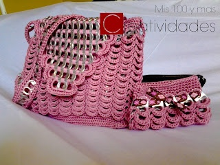 Purse crocheted with pop tabs