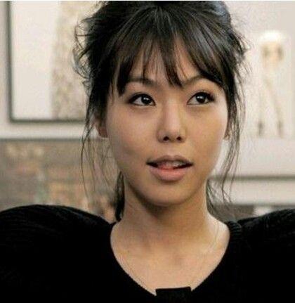 Subtle smokey eye | Kim Min-hee