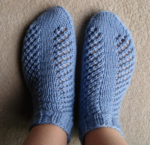 Knitted Ankle Socks Patterns Free : 161 best images about Knit socks ankle on Pinterest Free pattern, Ribs and ...