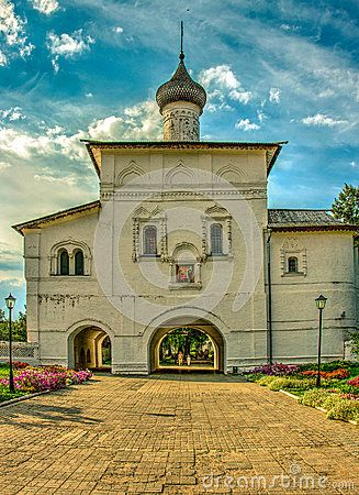The Gate Church of the Annunciation. Suzdal. Russia