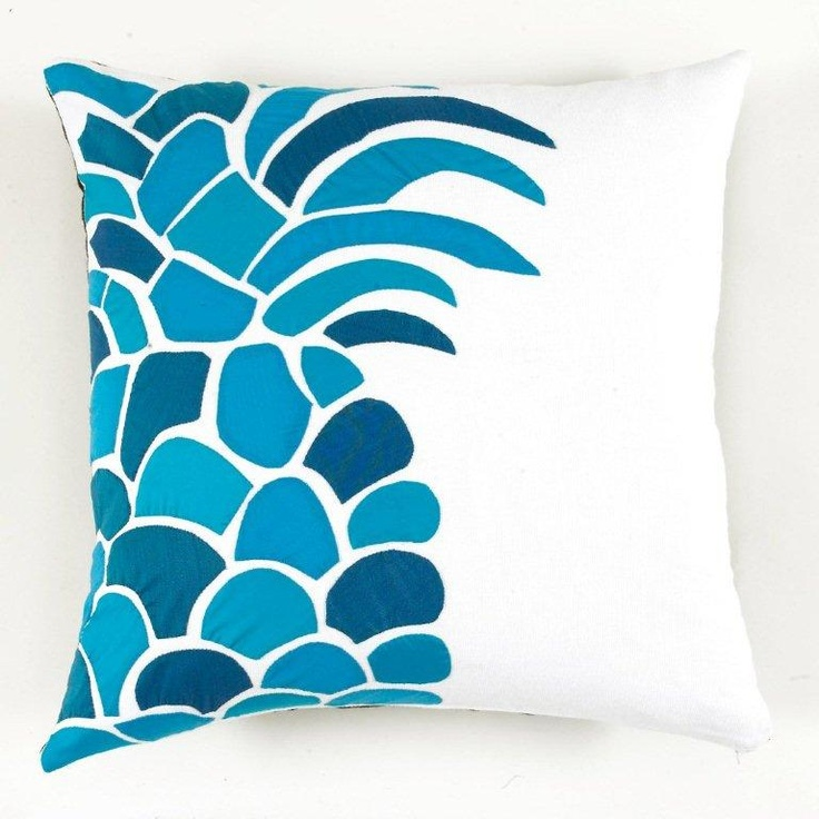 Pineapple pillow... these would be so cute on our adirondack chairs on the patio!