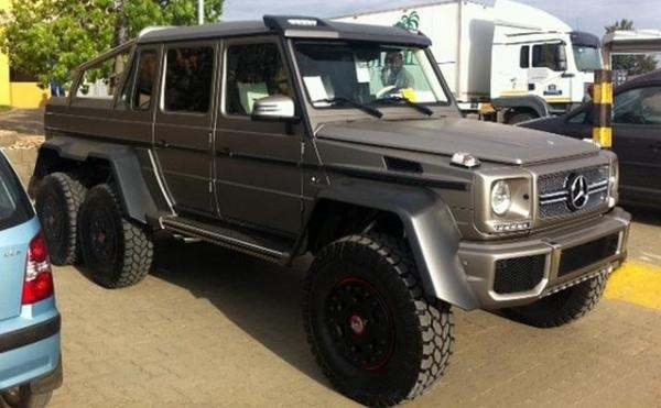 the 6 wheel drive mercedes benz g63 amg pakwheels style pinterest. Black Bedroom Furniture Sets. Home Design Ideas