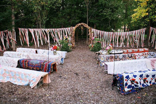 Outdoor wedding seating alternative megan elijah for Cheap garden seating ideas
