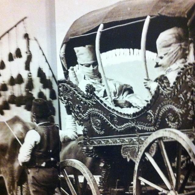 The harrem photograph. Ottoman history, Pera Museum, Istanbul ( Pera Muzesi)
