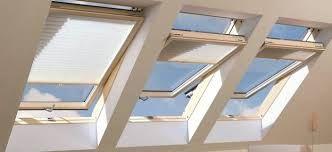 Znalezione obrazy dla zapytania Domy z dachowymi świetlikami