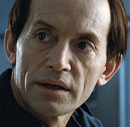 Aliens - Lance Henriksen - Bishop -