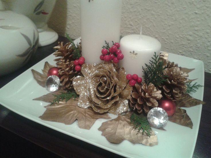 Centro de mesa navideño color dorado