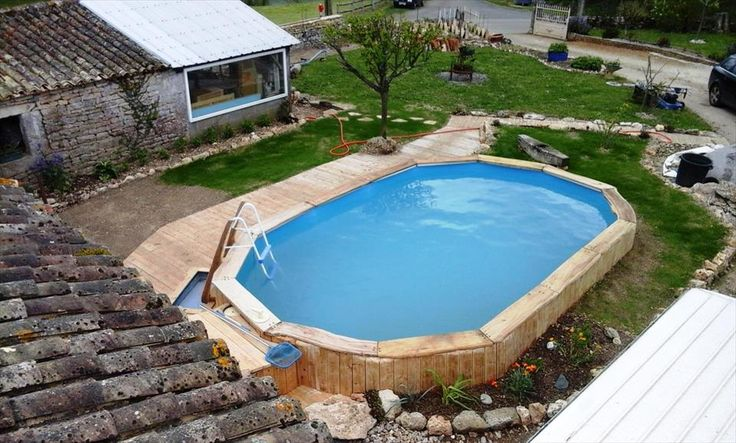 Pallets Around the Swimming Pool