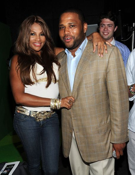 "Sandra Denton of ""Salt 'N' Pepa"" and Anthony Anderson at the NY Giant Justin Tuck's Celebrity Billiards Tournament 2010"