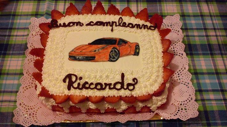 Torta Ferrari!