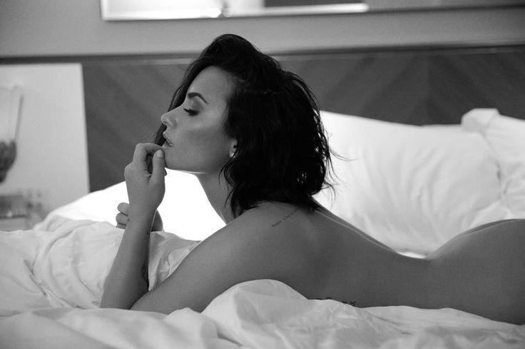 Demi Lovato sin ropa para promocionar Body Say - Musica Cine y Television