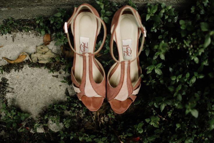 Boda de Susana y Kintxo con fotografías de David Fernandez y Vestido de Marcela Mansergas.Zapatos Franjul