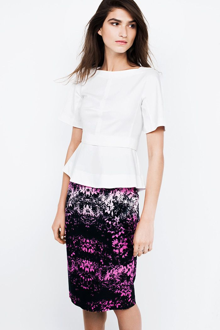 Ombre Daisy Fitted Skirt  https://www.veronikamaine.com.au/Products/Ombre-Daisy-Fitted-Skirt-M10007-S14/132364