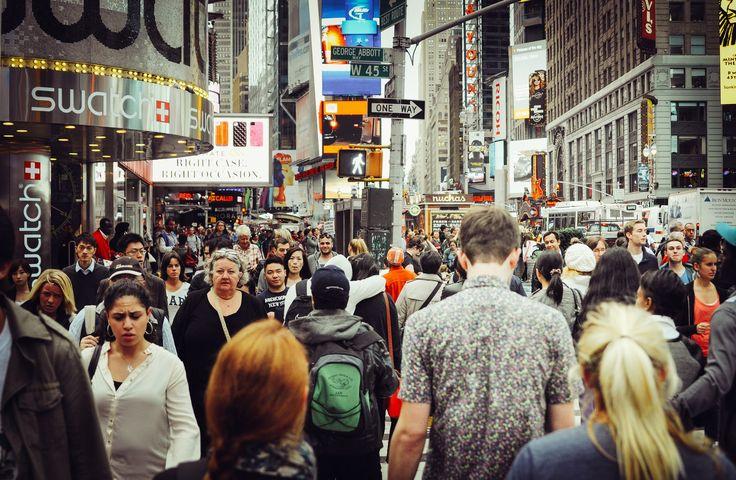 Rue bondée à Time Square, Manhattan, New York, État de New York, États-Unis