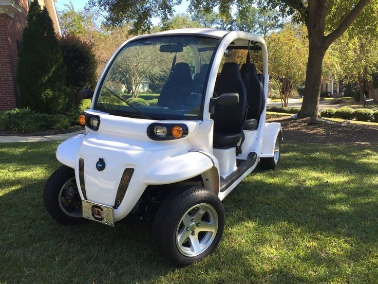 excellent 2013 Polaris GEM golf cart