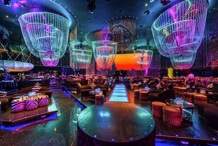 Ночной клуб топ бар клубы в орске с стриптизом