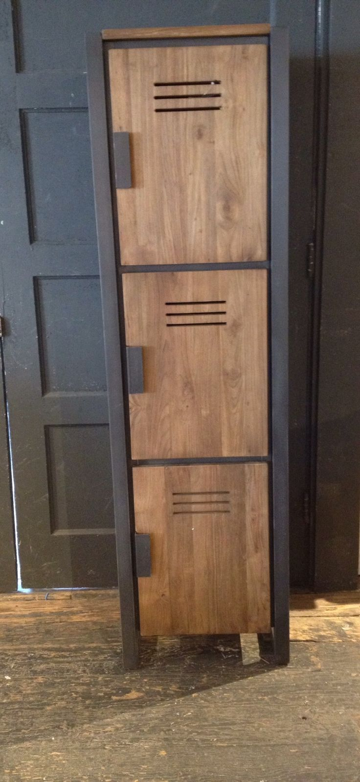 Beautiful locker style doors would be perfect for shoes storage!! Or pretty much anything else.