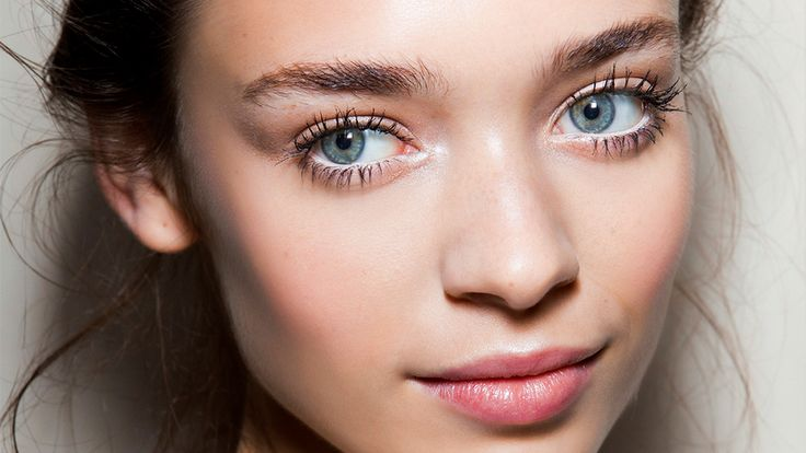 The 5 Best Tubing Mascaras for Thick, Long Lashes | StyleCaster