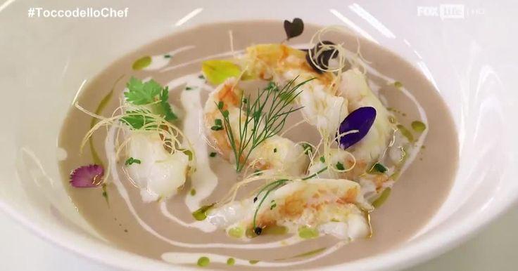 Antonino Cannavacciuolo propone una crema di castagne accostandola a crostacei e molluschi. Un azzardo armonioso tra le combinazioni. Scopri tutti i dettagli.