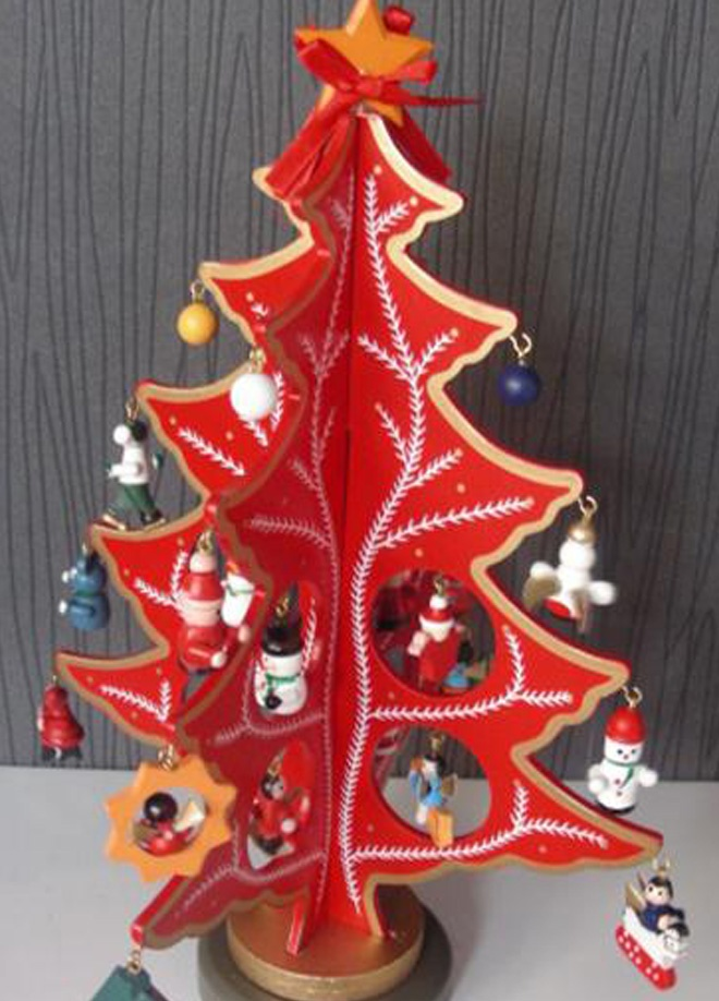 Süperyaa Mini ahşap süs ağacı kırmızı Markafoni'de 39,90 TL yerine 19,99 TL! Satın almak için: http://www.markafoni.com/product/3173070/