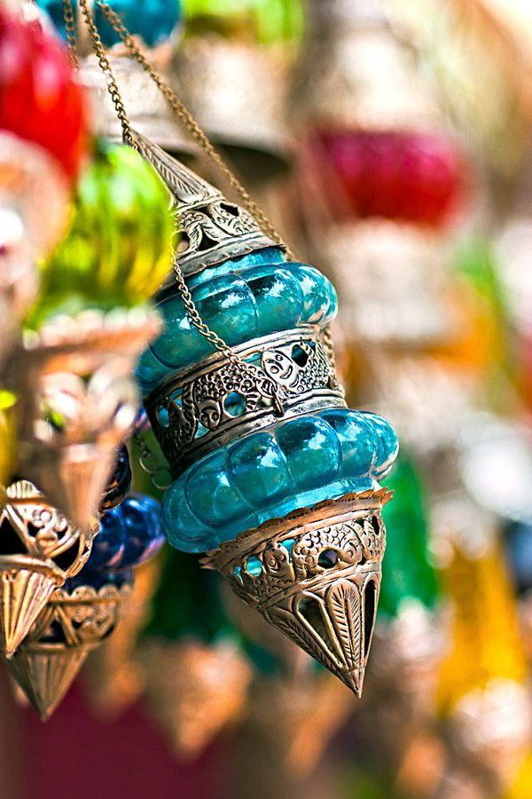 Anjuna market in Goa is very famous for antiques and Indian handicraft.
