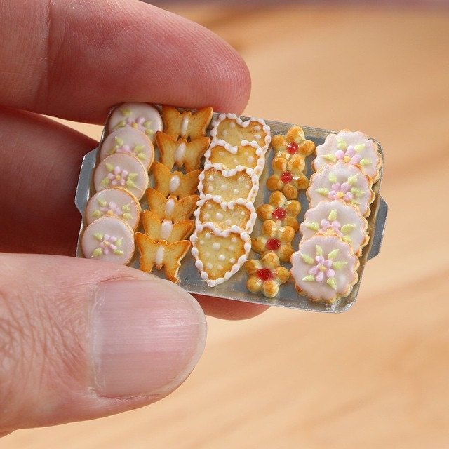 https://flic.kr/p/sP9V3X | Miniature Butter Cookies - Handmade miniature food in 12th scale for dollhouses | Made from polymer clay