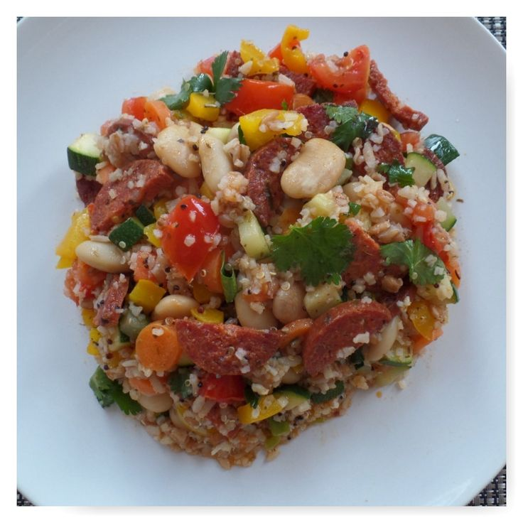 Zilvervliesrijst, spelt, quinoa met chorizo en lima bonen