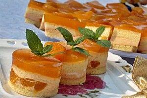 Prajitura cu caise si nectar - Culinar.ro