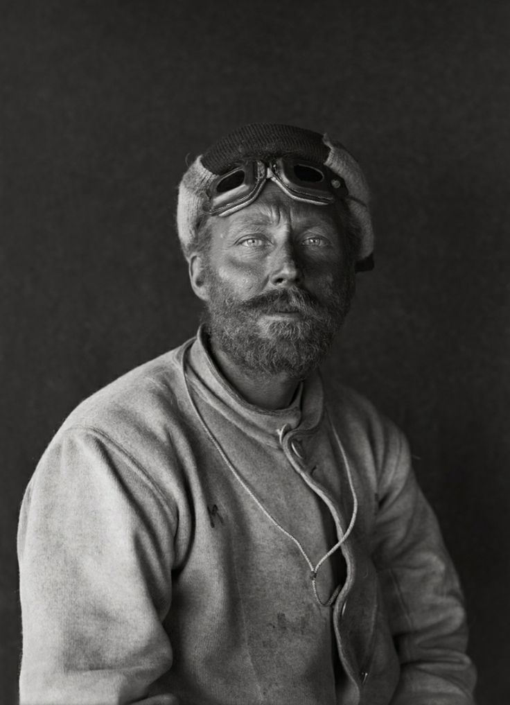 Herbert George Ponting - Cecil H. Meares on return from the barrier, 29 Jan 1912. Scott Polar Research Institute.