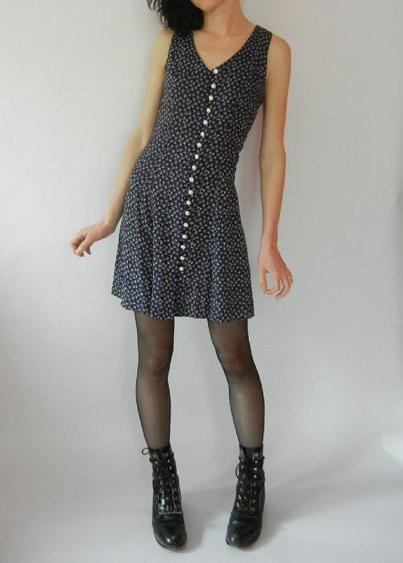 Vintage Grunge Dress Size Small Faux Pearl by littleraisinvintage