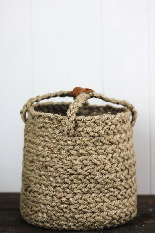This DIY braided jute basket is as nice-looking (and useful) as any store-bought one. Seen on Merry Thought. Craft a Catch-All! 12 DIY Projects for Cute & Functional Small Home Organizers