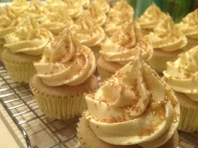How To Cake It Vanilla Cupcakes