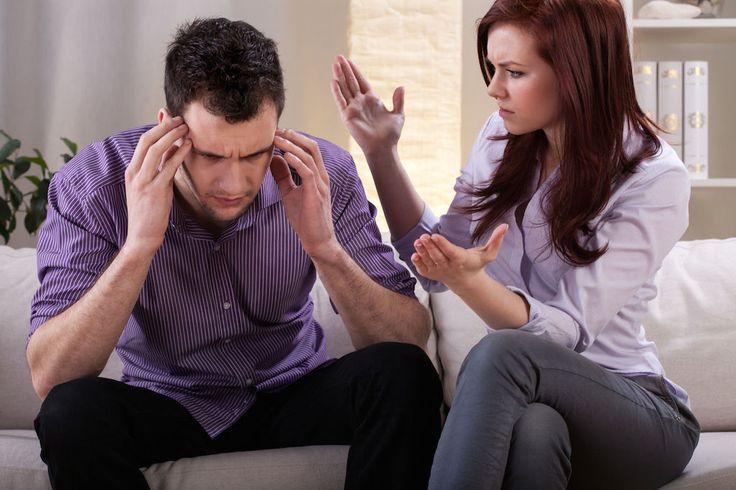 3. CRISIS DE PAREJA: recordemos que no todas las crisis de pareja, y más aun en un matrimonio son solamente por temas sentimentales. En ocasiones se desembocan por problemas económicos que alteran la comunicación en la pareja. En estos casos algunas mujeres son motivadas por evadir los problemas a cometer alguna infidelidad, como un escape a su realidad, al estrés, a la falta de comunicación con la pareja, etc. algo que le aporte estabilidad, al menos, emocional.