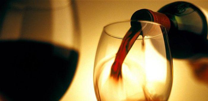 Il y a 300 fois plus de résidus de pesticides dans le vin que dans l'eau potable vin-pesticides3