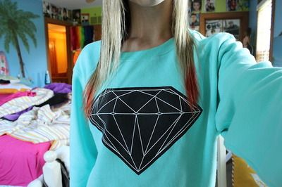 Diamond supply hoodie. So cute!