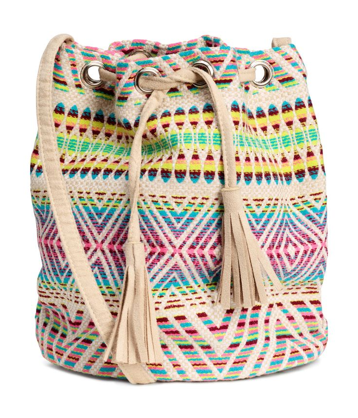 Affordable Accessories for Summer 2016 | colorful jacquard weave bucket bag from @hm