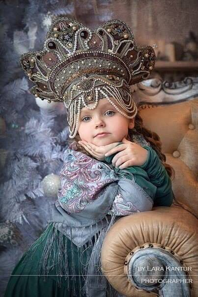 Russian seasons photo shoot. Traditional clothing, kokoshnik. Inspirational photography. Folk. Russia.