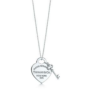 It is not even funny how badly I want this necklace........... Return to Tiffany™ medium heart tag with key pendant in sterling silver.