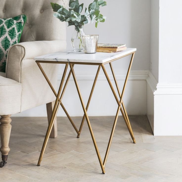 Stellar White Marble Side Table   Atkin And Thyme