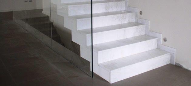 wunderschöne marmortreppen mit passenden sockelleisten finden sie, Attraktive mobel