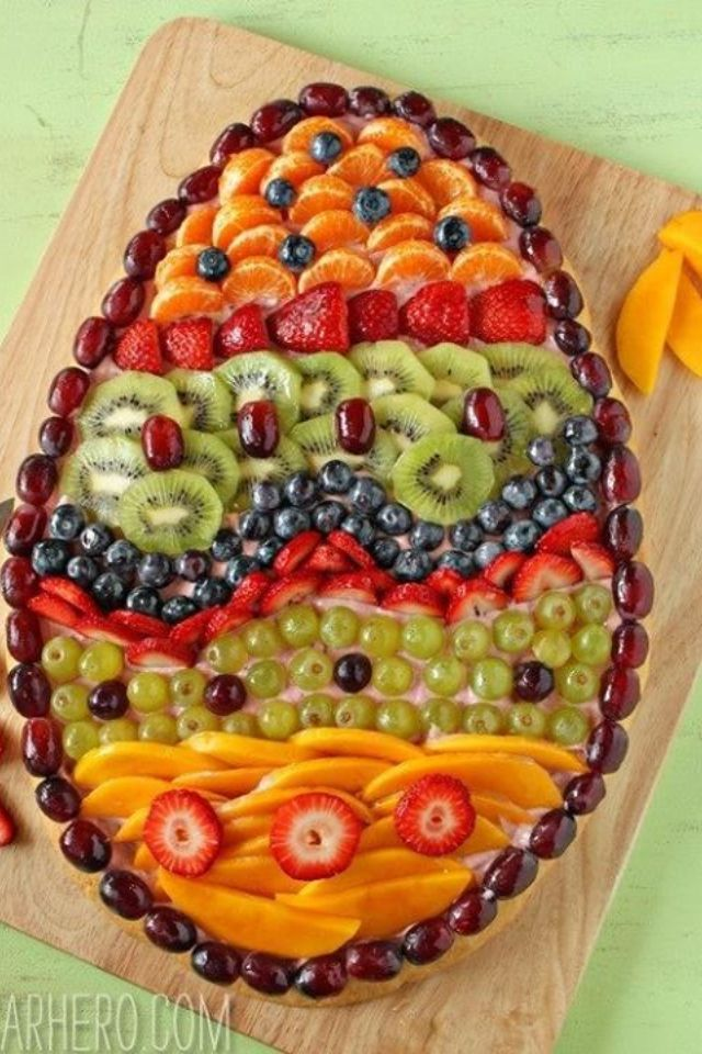 Easter fruit tray, actually looks like a fruit pizza, but could easily be an egg-shaped tray!