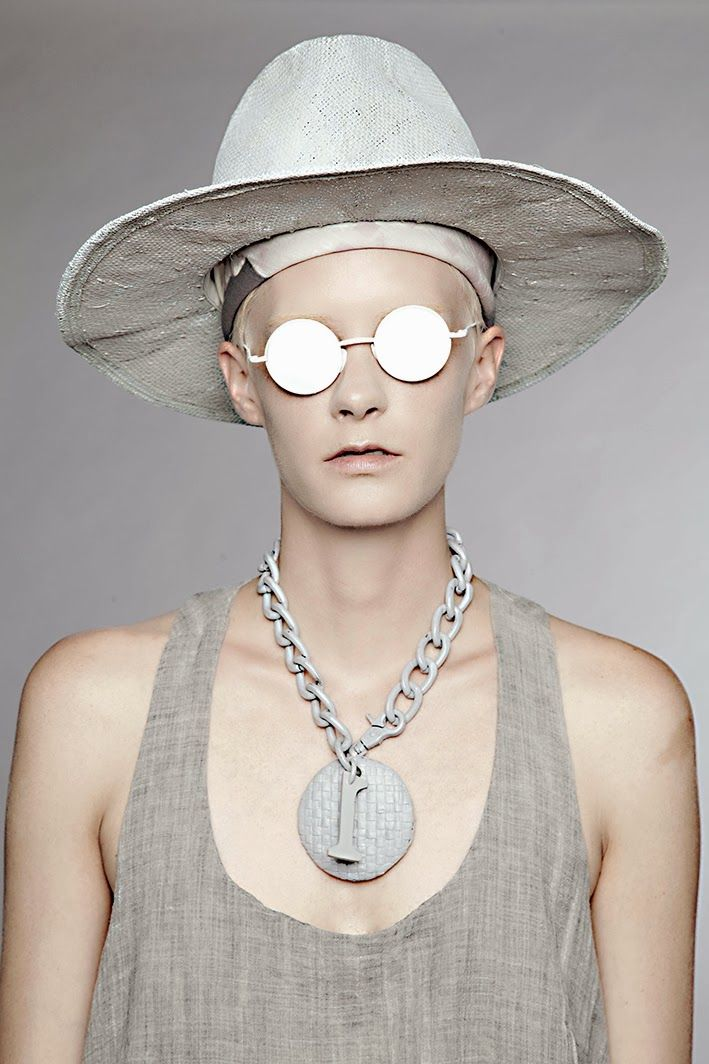 """EXCLUSIVE FIRST LOOK OF AREA DI BARBARA BOLOGNA S/S 2014 COLLECTION """"TAXIDERMY - Emotional Dysfunction"""""""