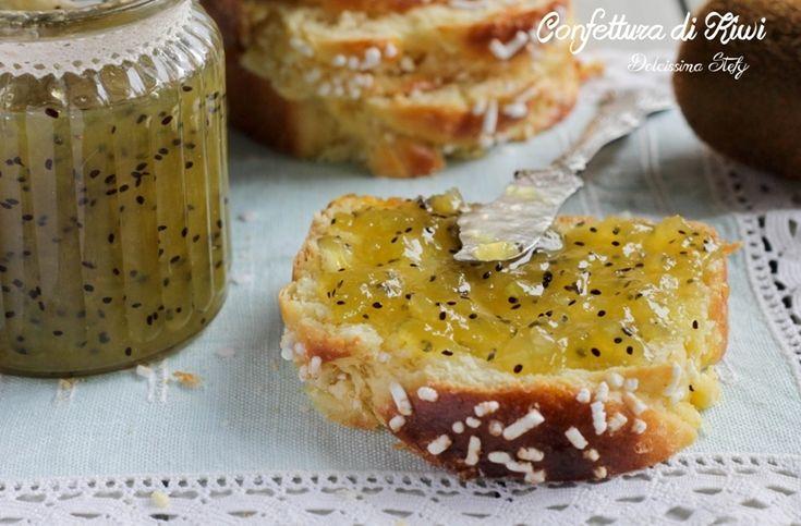 Una buonissima e facile Confettura di Kiwi e Zenzero. La ricetta è semplicissima e molto veloce. Fare in casa le confetture è molto più salutare