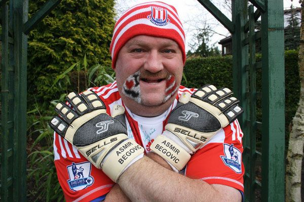 hairy-potter-asmir-begovic-gloves-stoke-city