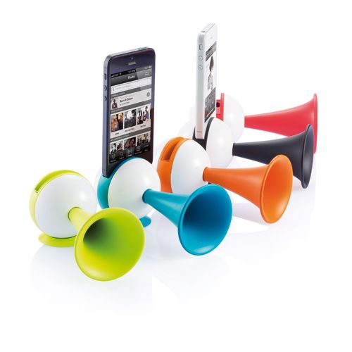 iPhone dock amplifier. iPhone 4 & 5 dock in ABS ball shape with silicone horn for great sound amplification.