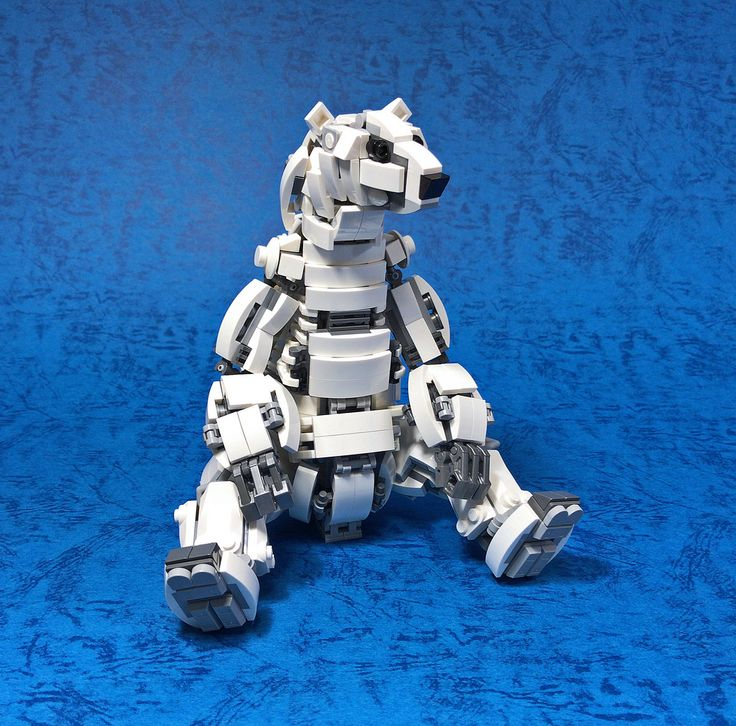 """LEGO Mecha Polar Bear-06"" by ToyForce 120: Pimped from Flickr"