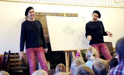 Kommer: Tvillingbrødrene Egil og Svein Nyhus kommer med sine tegnefortellinger til Tjøme folkebibliotek. Foto: Anne Charlotte Schjøll