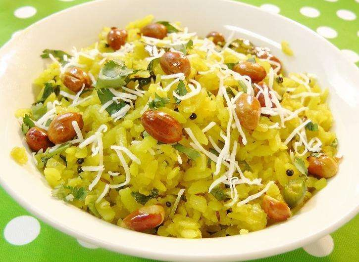 Ingredients:Makes 3 cups2-3 cups (when dry) (thick) Poha (flattened rice)A pinch asafoetida1 teaspoon mustard seeds1-2 green chilies (chopped small) (or according to desired level of heat - can leave out if you prefer)1 onion (small dice)1 potato (small dice – use the waxy kind, i.e. red bliss, Yukon gold, eastern white. Avoid boiling potatoes, which don't retain their shape once cooked)1/2 cup peanuts or cashews3/4 teaspoon turmeric4-5 curry leavesSalt to taste1/2 cup fresh cilantro…