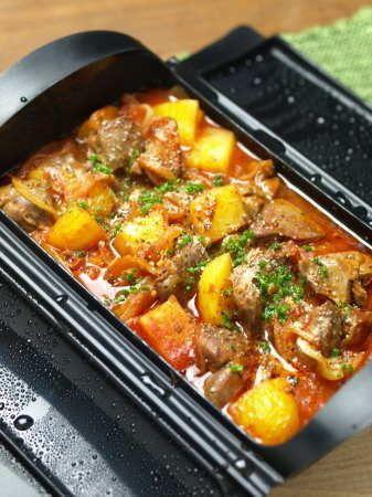 鶏レバーとじゃがいものトマト煮 、 ルクエで電子レンジレシピ by 筋肉 ...